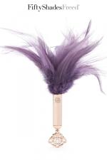 Plumeau BDSM - Fifty Shades Freed - Un luxueux plumeau Fifty Shades Of Grey pour exciter les sens de votre partenaire.