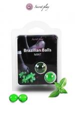 2 Brazilian balls - menthe - La chaleur du corps transforme la brazilian ball en liquide glissant au parfum menthe, votre imagination s'en trouve exacerbée.