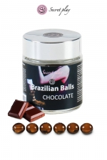 6 Brazillian balls - chocolat : La chaleur du corps transforme la brazilian ball en liquide glissant au parfum chocolat, votre imagination s'en trouve exacerbée.