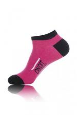 Chaussettes courtes On dit merci qui - rose - Paire de chaussettes pour hommes On dit merci qui?, par Jacquie et Michel, tige basse, couleur rose.