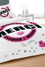 Parure de couette J et M 240x220 cm - blanc : Avec le set housse et 2 taies d'oreillers, qui de mieux que Jacquie et Michel pour décorer son lit d'un message 100% explicite.