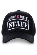 Casquette Jacquie et Michel Staff - La casquette Jacquie & Michel indispensable pour vous aider à faire des rencontres et improviser des castings.