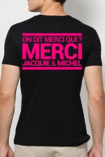 T-shirt Jacquie & Michel Rose fluo - A la demande générale, le t-shirt J&M rose Fluo pour faire la fête et briller jusqu'au bout de la nuit.