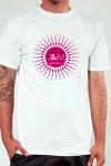 Tee-shirt J&M n�8 - Une nouvelle version � la fois chic et humoristique de l'incontournable Tee-shirt Jacquie et Michel.