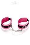 Menottes de chevilles rose et noir - Confortables menottes de chevilles en cuir, velours et métal, réglables, avec chainette et mousqueton d'attache rapide.