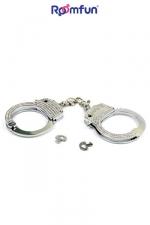 Menottes Diamond handcuffs - Véritable paire de menottes de poignets en métal chromé recouvertes de strass pour des jeux à la fois BDSM et glamour.