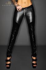 Pantalon zippé Slinky - Pantalon taille basse moulant en wetlook et vinyle, effet push up sur les fesses et zip intégral à l'entre-jambes.