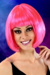 Perruque cheveux courts Fuchsia - Perruque fantaisie avec cheveux courts couleur Fuchsia.