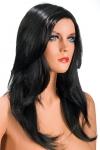 Perruque Olivia brune - Perruque brune aux cheveux longs ayants un aspect naturel. Elle tombe à merveille sur les épaules.