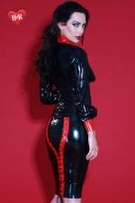 Jupe latex Mistress - Jupe bicolore lacée en latex Skin Two haute qualité, changez pour la mode fétichiste.