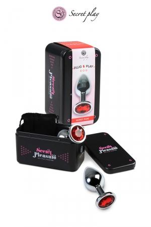 Plug aluminium L Rouge - Plug anal en métal d'une longueur de 10 cm et un diamètre de 3,5 cm décoré d'un strass rouge.