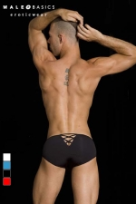 Crossed bikini MaleBasics - Slip homme fantaisie, un V retenu par des croisillons forme une ouverture sexy sur les fesses.